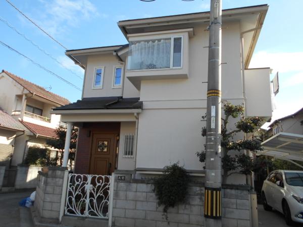 家の外回りまるごとリフォーム (屋根葺き替え・外壁塗装・玄関取り換え)